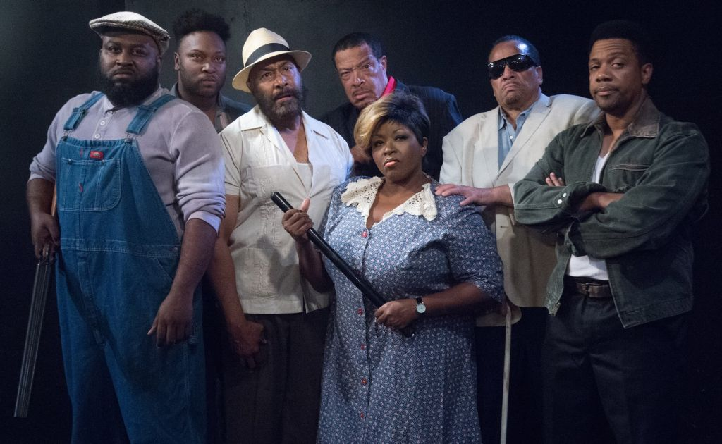 The cast of East Texas Hot Links